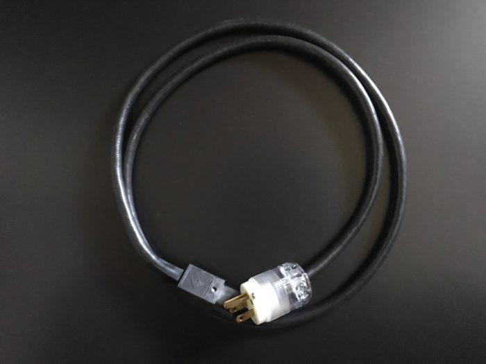 電源ケーブルの画像