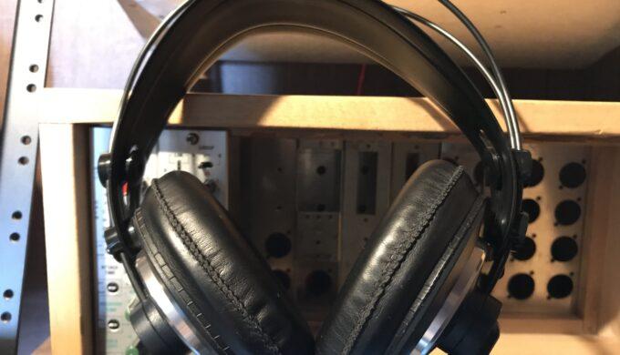 AKG k240 mk2のレビュー。ヘッドフォンもエージングで音がかなり変わるかも