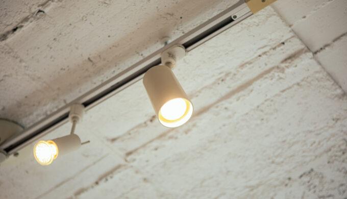 【DTM】蛍光灯をダクトレール照明に変えてノイズから音を守ろう【プライベートスタジオ改善】